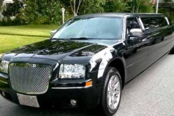 Chrysler 300 Limo Orlando